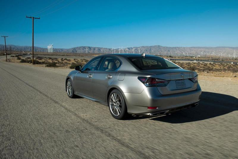 2016 Lexus GS rear