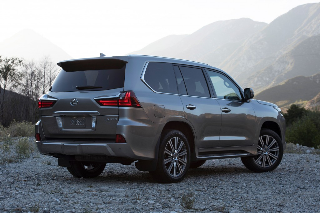 The new 2016 Lexus LX 570 rear quarter