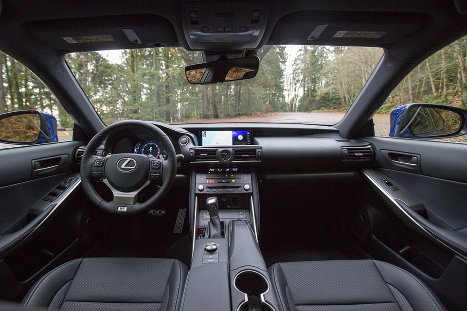 Lexus IS 350 AWD Interior