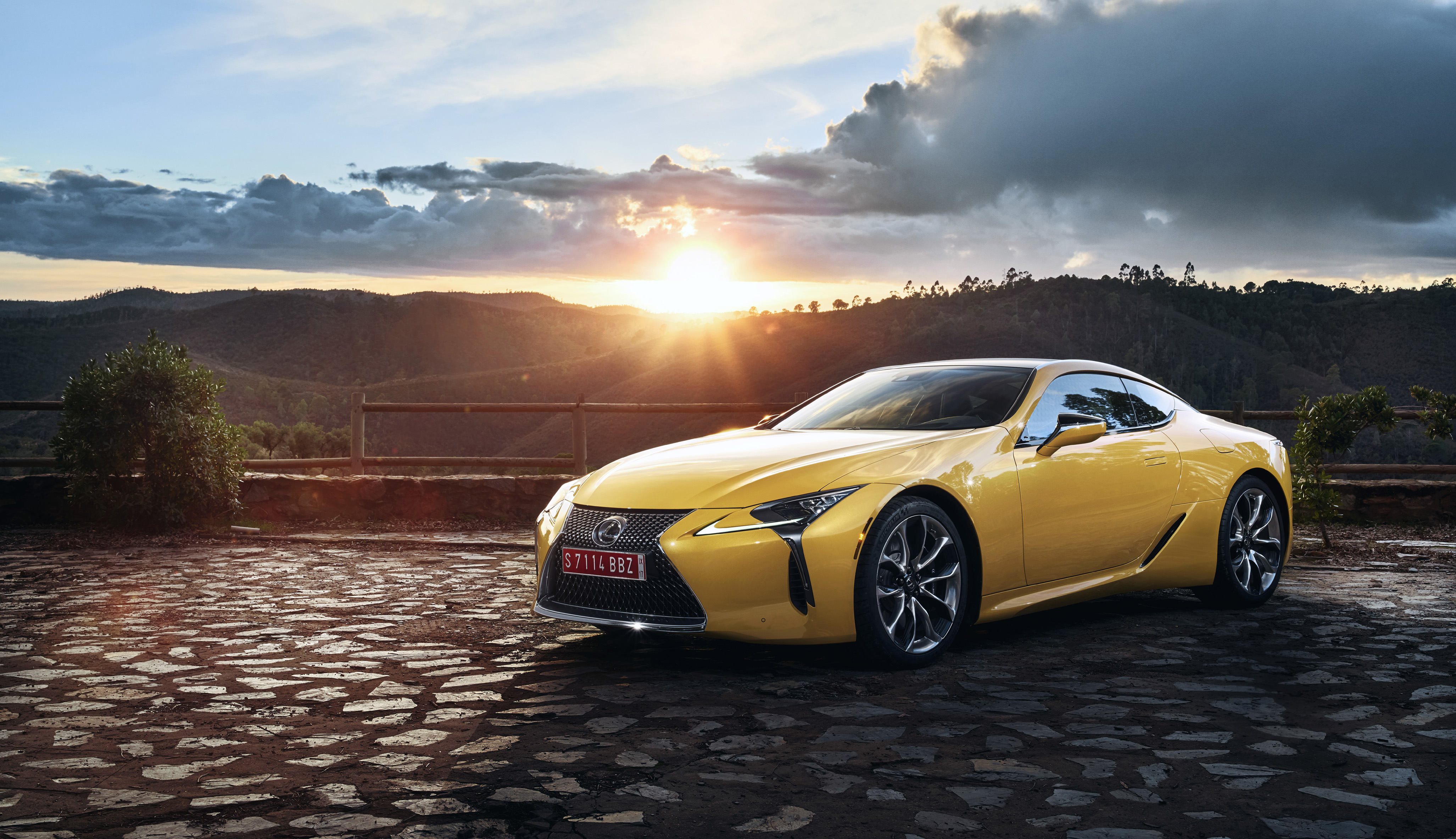 The 2018 Lexus LC 500 Is Unlike Any Lexus Youu0027ve Ever Seen Before