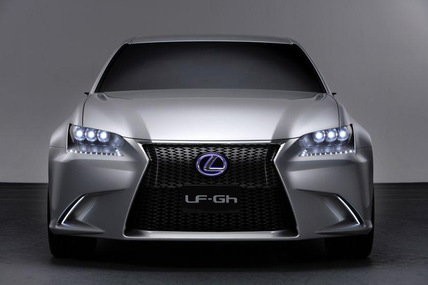 266968_Lexus_LF-Gh_Concept_027_2d1fcd18-7ad0-4590-951c-173fb1a24b59-prv