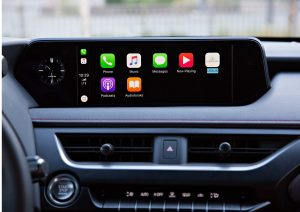 Lexus UX Apple CarPlay