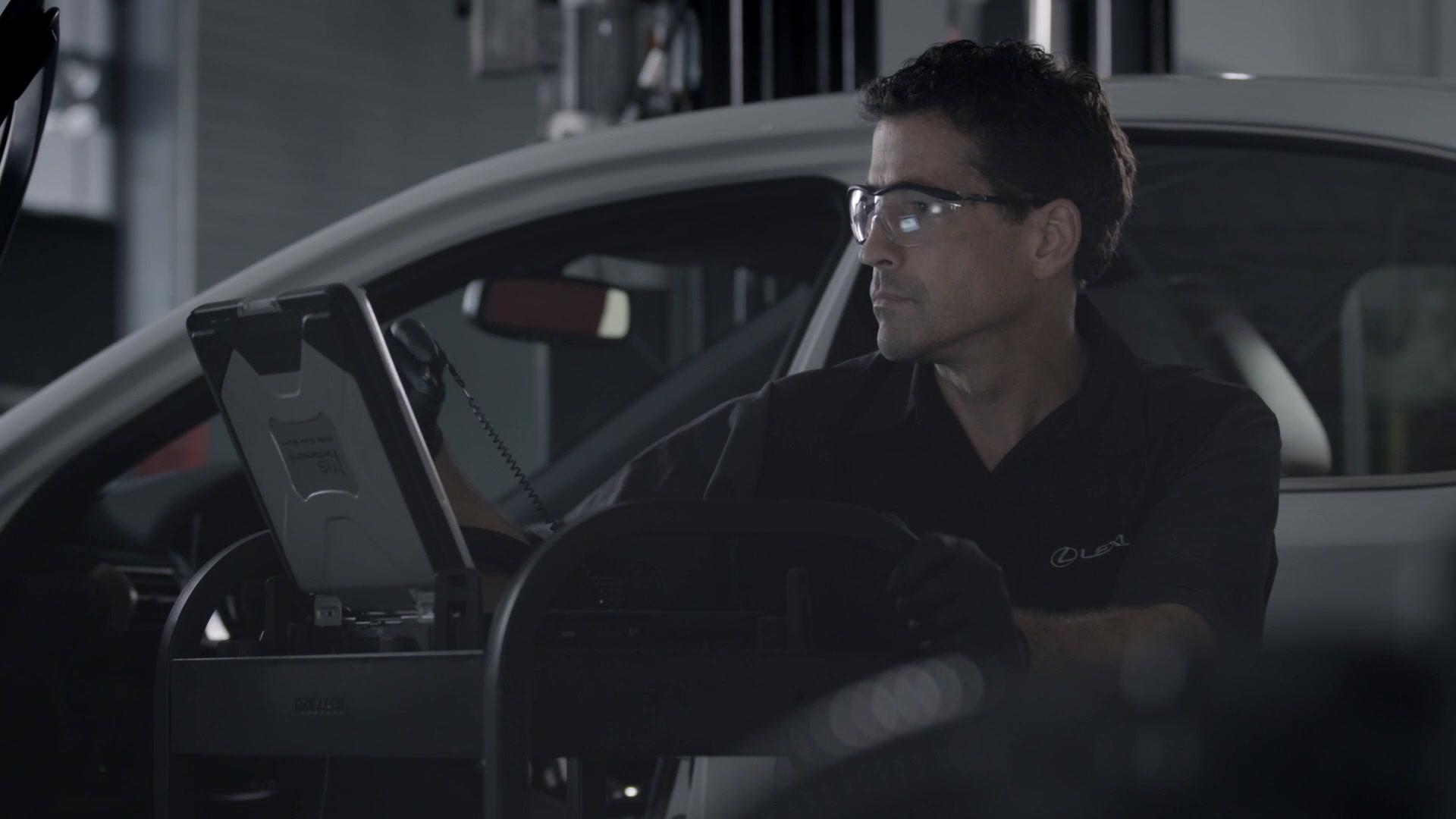 Lexus maintenance required light