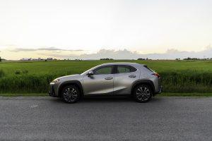 2021-Lexus-UX-250h